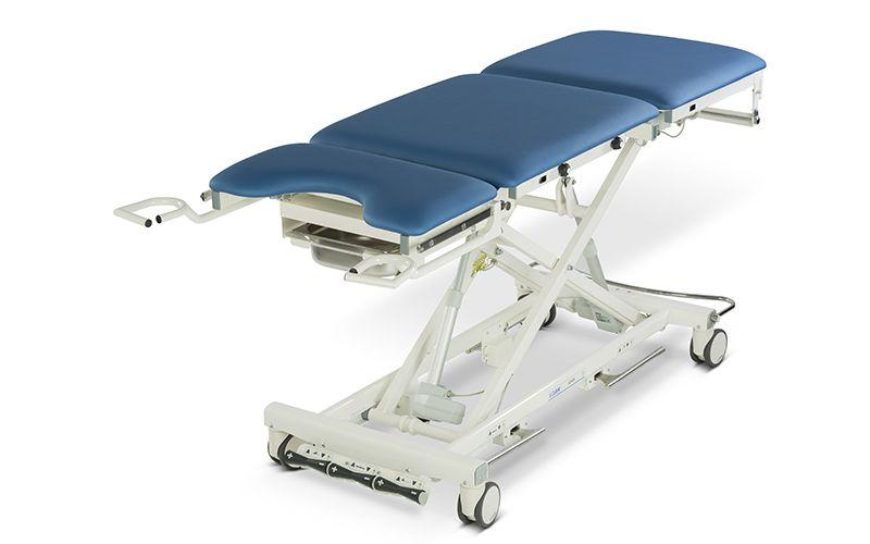 Роял Медикал Трейдинг: смотровой гинекологический стол 4050x купить в Санкт-Петербурге